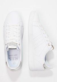 H.I.S - Sneakersy niskie - white/silver - 2