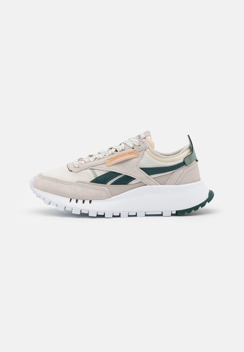 Reebok Classic - LEGACY UNISEX - Sneakers laag - sansto/forgrn/hargrn