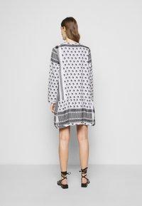 CECILIE copenhagen - DRESS YIN - Vapaa-ajan mekko - black - 2