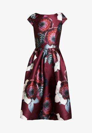 KARYA DRESS - Cocktailkjole - burgundy