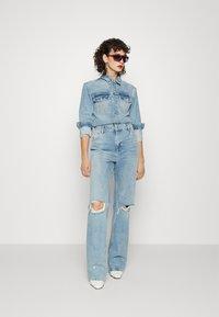 ONLY Tall - ONLINC DREA LIFE JUMPSUIT TAL - Jumpsuit - light blue denim - 1