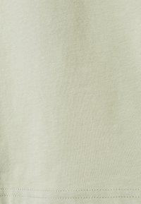 Monki - BILLA TEE - Basic T-shirt - green dusty light - 6