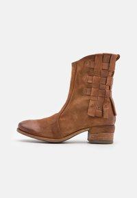 A.S.98 - Cowboy/biker ankle boot - calvados - 1