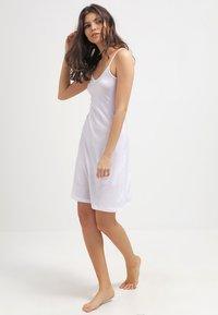 Hanro - ULTRA LIGHT BODYDRESS - Noční košile - white - 1