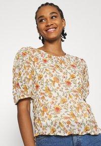 ONLY - ONLDAHLIA - Print T-shirt - creme brûlée - 3