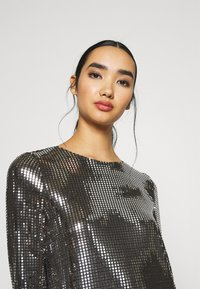 Vero Moda - VMCHARLI SHORT SEQUINS DRESS - Cocktail dress / Party dress - black/silver - 4