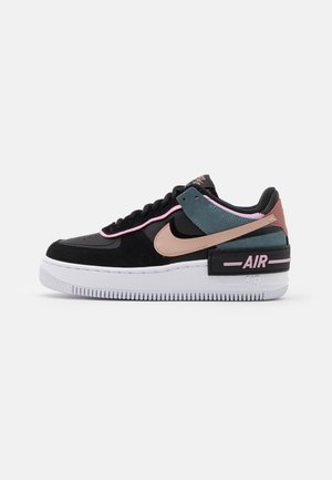 AIR FORCE 1 SHADOW - Joggesko - black/metallic red bronze/light arctic pink/claystone red/ozone blue/white