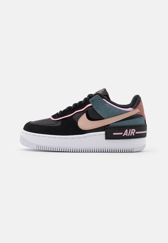 AIR FORCE 1 SHADOW - Trainers - black/metallic red bronze/light arctic pink/claystone red/ozone blue/white