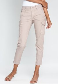 Gang - AMELIE - Cargo trousers - pink - 2