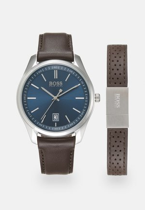 SET - Watch - brown