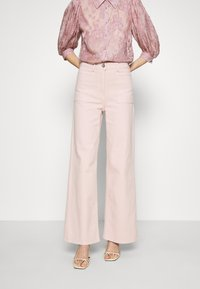 JUST FEMALE - SOLVIG - Jeans a zampa - sepia rose - 0