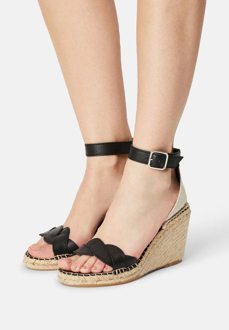 Zign - Sandály na platformě - black