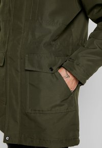 Only & Sons - ONSBASIL JACKET NOOS - Winter coat - forest night - 6