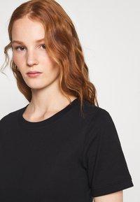 Zign - Basic T-shirt - black - 3