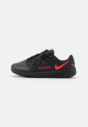 JR PHANTOM GT CLUB IC UNISEX - Chaussures de foot en salle - black/chile red/dark smoke grey