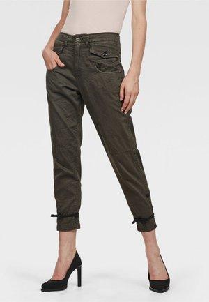 ARMY RADAR BOYFRIEND STRAP - Trousers - gray