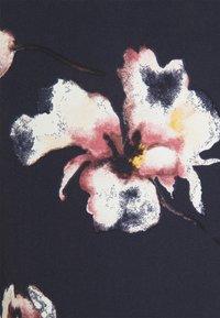 Anna Field Curvy - Bluser - dark blue/pink - 2