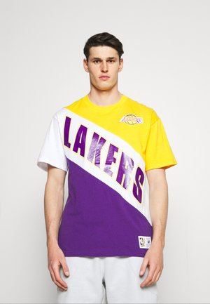 NBA LOS ANGELES LAKERS PLAY BY PLAY TEE - Club wear - yellow/light gold/purple