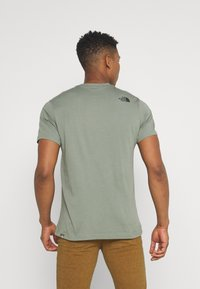The North Face - CENTRAL LOGO  - T-shirt print - agave green - 2