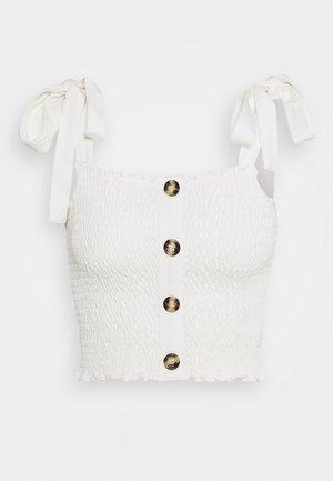 PAMELA REIF X NA-KD TIE STRAP SMOCKED - Top - white