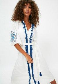 Trendyol - Day dress - white - 3