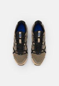 adidas Performance - TERREX SKYHIKER GORE-TEX - Fjellsko - beige tone/bold blue/core black - 3