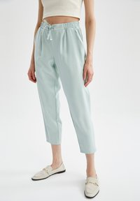 DeFacto - Tracksuit bottoms - turquoise - 0