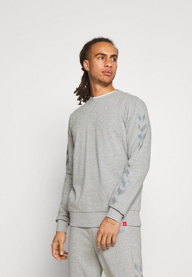 LEGACY CHEVRON TAPERED PANT SUIT - Survêtement - grey melange