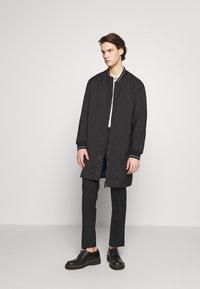 HUGO - Płaszcz wełniany /Płaszcz klasyczny - black - 1