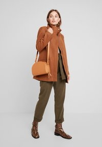 mint&berry - Short coat - camel - 1