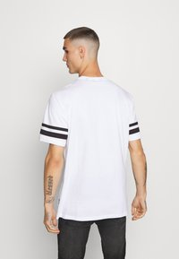 Only & Sons - ONSNASA STRIPE TEE - T-shirt con stampa - white - 2