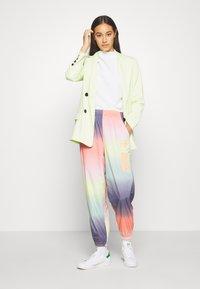 adidas Originals - TRACK PANT - Joggebukse - multicolor - 1
