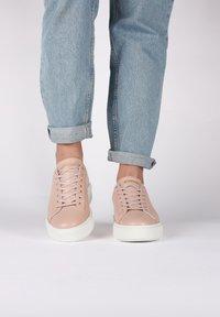 Blackstone - Sneakers - pink - 2