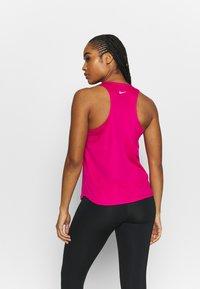 Nike Performance - RUN TANK - Top - fireberry/reflective silver - 2