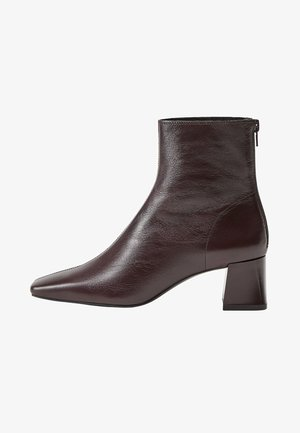 SOL - Classic ankle boots - weinrot