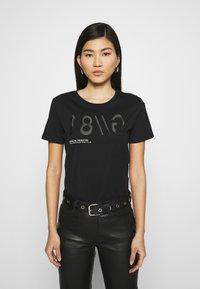 Guess - T-shirt imprimé - jet black - 0