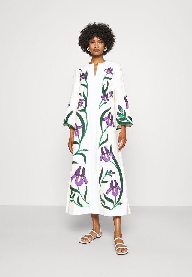 IRIS EMBROIDERED CAFTAN - Korte jurk - new ivory