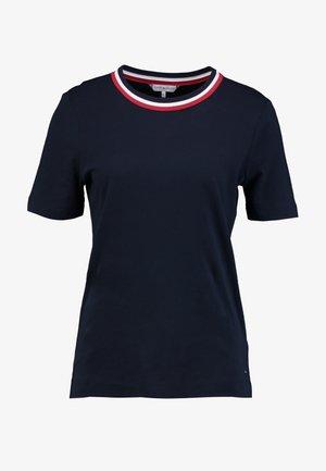 ESSENTIAL - Print T-shirt - desert sky