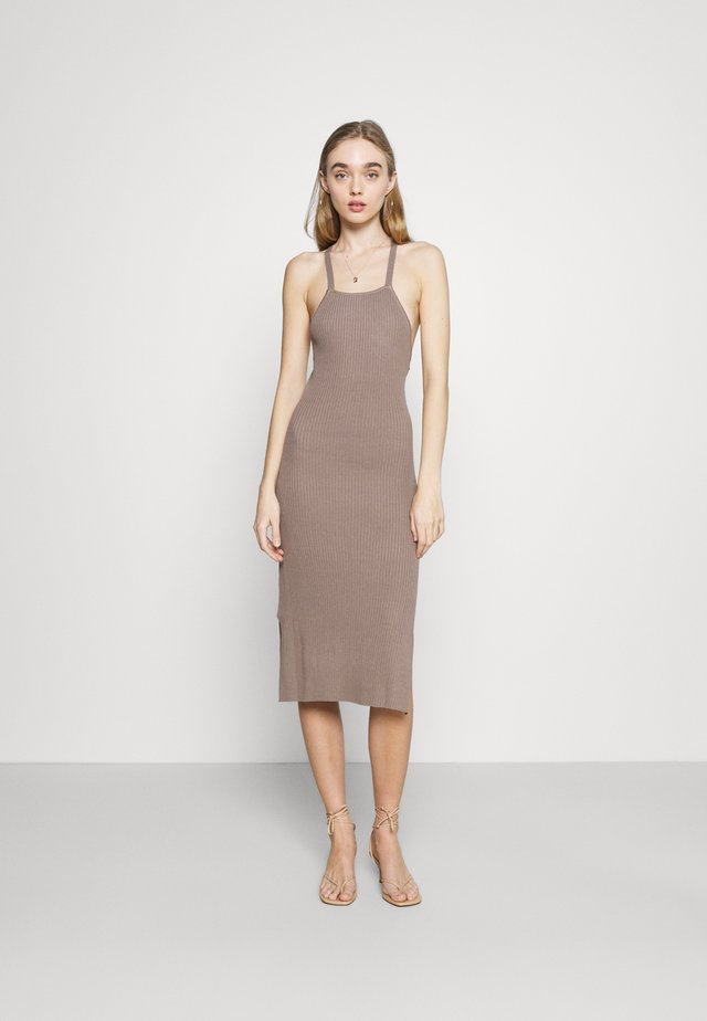 LAYA KNIT DRESS - Korte jurk - mocha