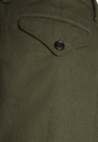Ben Sherman - TROUSER - Trousers - khaki - 6