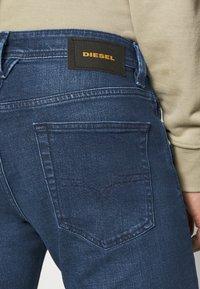 Diesel - LARKEE - Straight leg jeans - 009er - 3