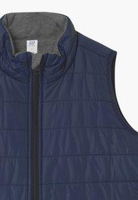 GAP - BOYS FIT TECH - Waistcoat - grey - 3