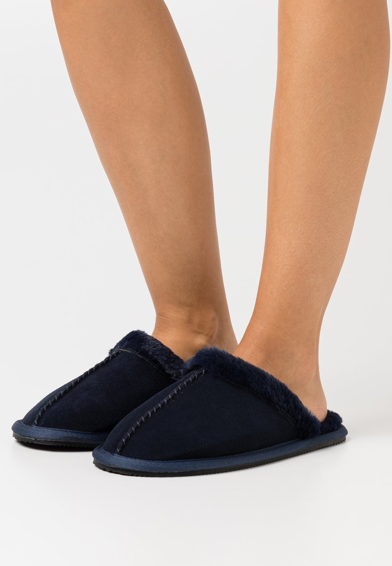 Superdry - SLIPPER MULE - Slippers - rich navy