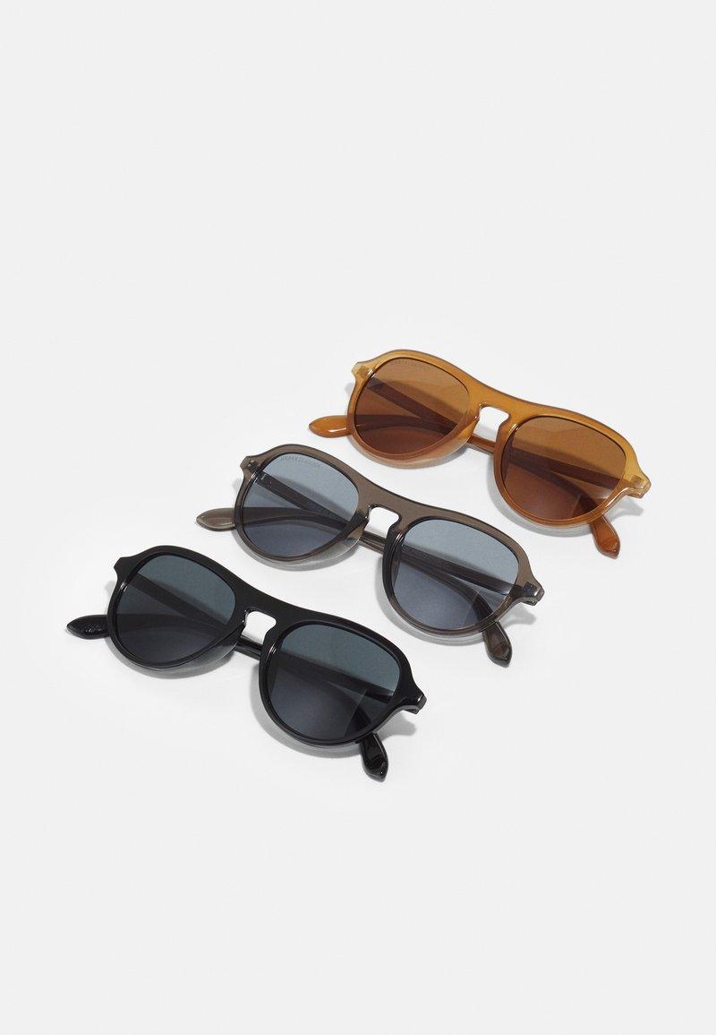 Urban Classics - SUNGLASSES KALIMANTAN UNISEX 3 PACK - Sunglasses - brown/grey/black