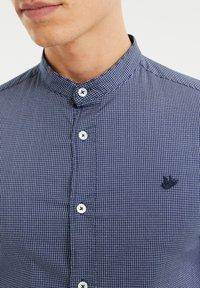 WE Fashion - MET SECRET FINISH - Camicia - all-over print - 4