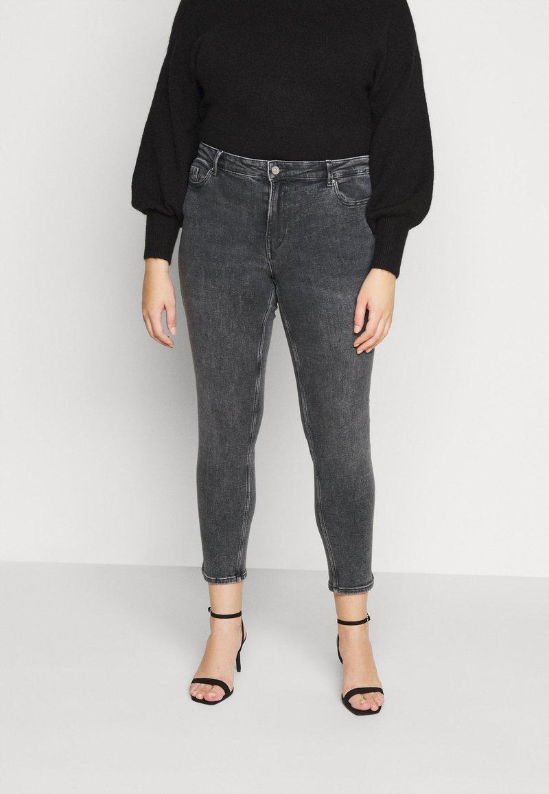 Pieces Curve - PCLILI  - Jeans slim fit - medium-grey denim