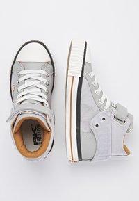 British Knights - Sneakers hoog - lt grey/cognac - 1