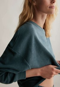 OYSHO - Sweatshirt - dark blue - 5