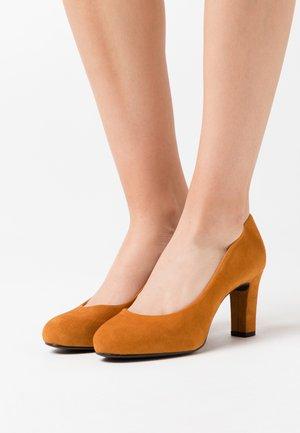 NUMIS - Platform heels - fumeric