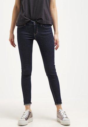 710 INNOVATION SUPER SKINNY - Jeans Skinny Fit - high society